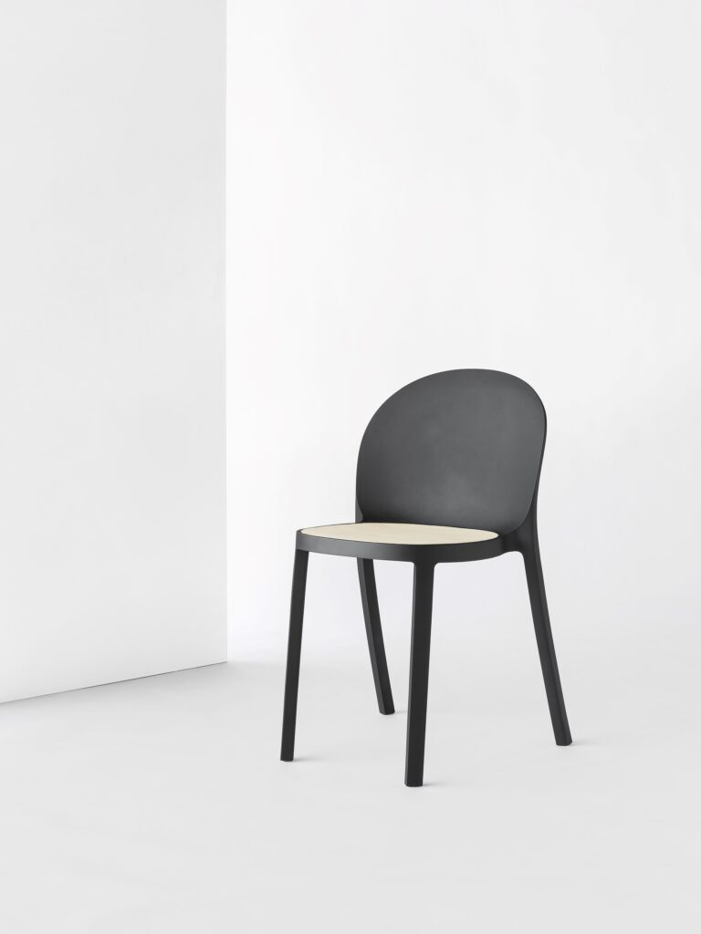 Midi Chair (c) Filipe & Viricel