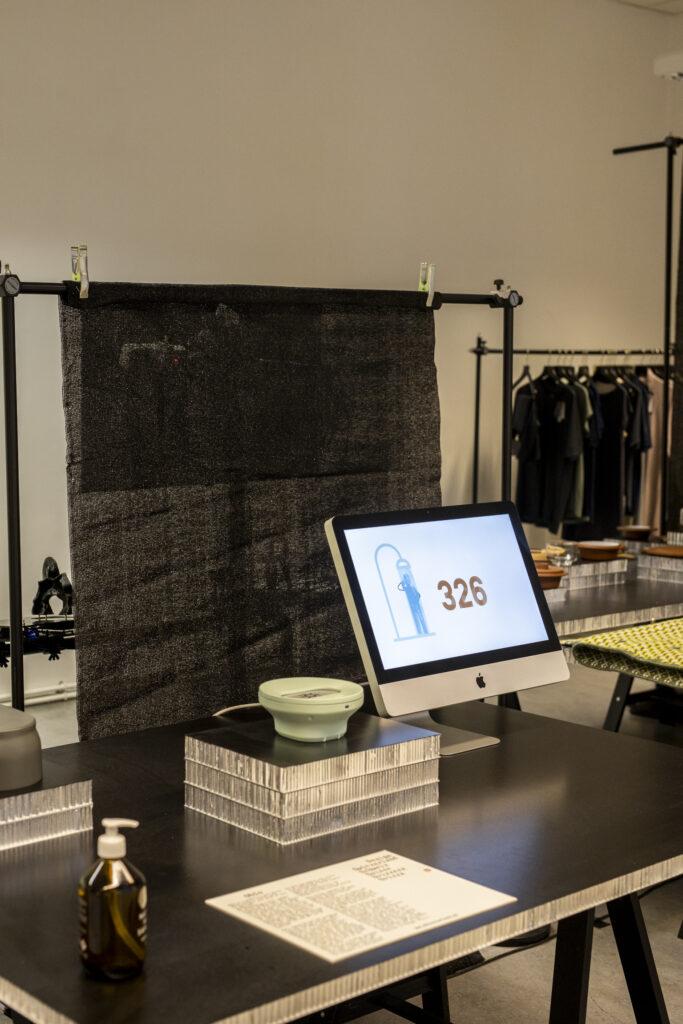 Xavier Aymon (R2D2) und Luciano Dell'Orefice - Oblo (Copyright VIENNA DESIGN WEEK - Maria Noisternig - Kollektiv Fischka, Vienna Design Week)