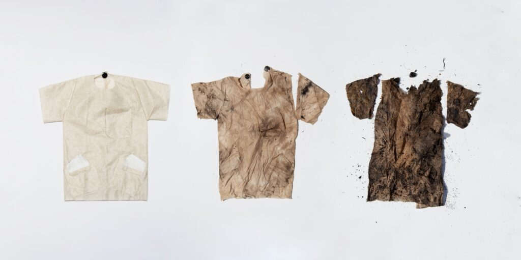 Benjamin Bichsel - biodegradable medical clothing (c) Alexandra Dautel